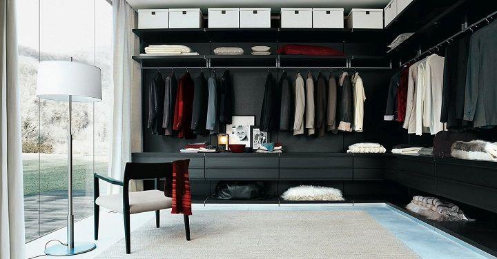 Un espai per tenir la roba endreçada.