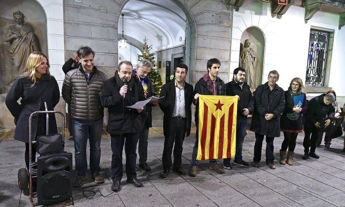 Manifestació sobiranista a l'Ajuntament.