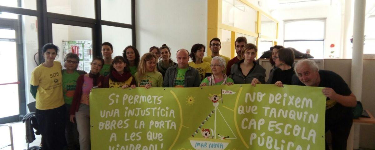 Manifestants a Serveis Territorials. Foto: Arran
