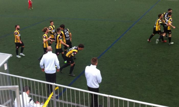 Celebració del primer gol. Foto: CE Mataró