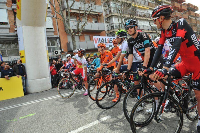 La sortida de l'etapa de la Volta de l'any passat a Mataró. Foto: R. Gallofré