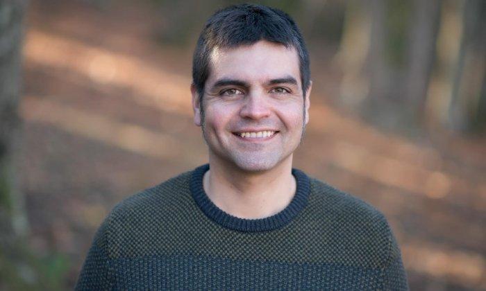 Miguel Guillen, autor de 'Podemos - Izquierda Unida. Del desamor a la confluencia'