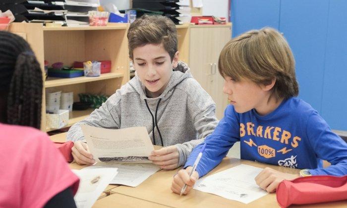 Alumnes a l'escola Joan Coromines. Foto: R. Gallofré