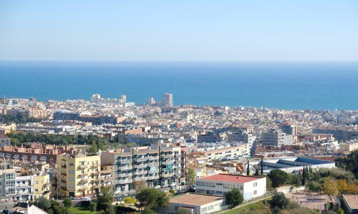 Vista de Mataró, on proliferen els pisos buits i es multipliquen les ocupacions. Foto. R. G.