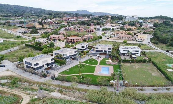 Vista aèria de la urbanització de Can Quirze. Fotos: R. Gallofré