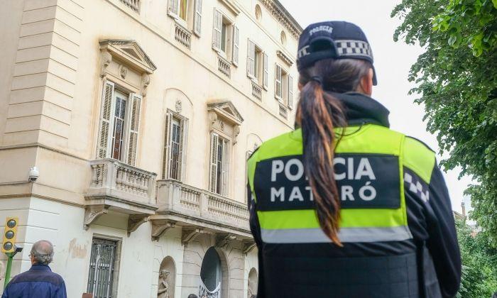 24 foto 01 policia