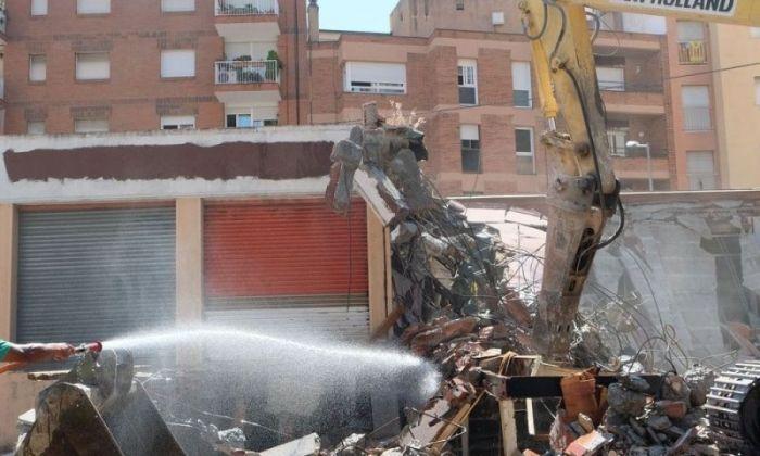 L'enderroc de l'antic edifici de Can Civit. Foto: R.Gallofré