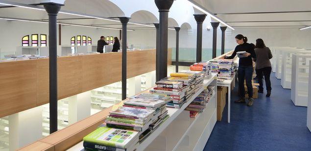 Les biblioteques de la ciutat tancaran els propers 15 dies pel coronavirus. Foto: R. G.