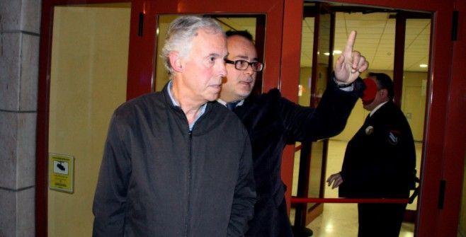 Carles Manté sortint del jutjat a Reus, en una imatge d'arxiu