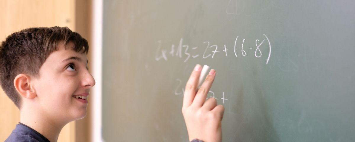 Un alumne de l'institut Damià Campeny. Foto: R. Gallofré