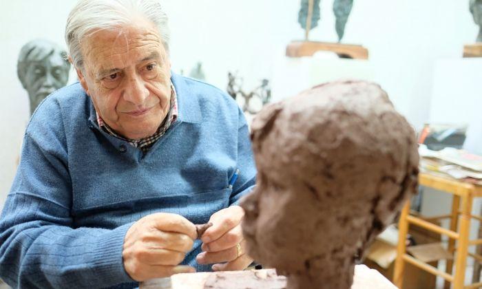 Manuel Cusachs al seu taller. Fotos: R. Gallofré.