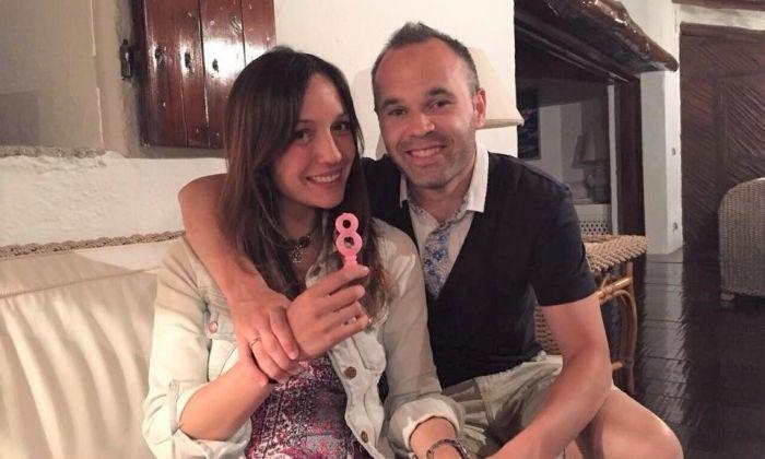 Iniesta amb la seva parella Anna Ortiz