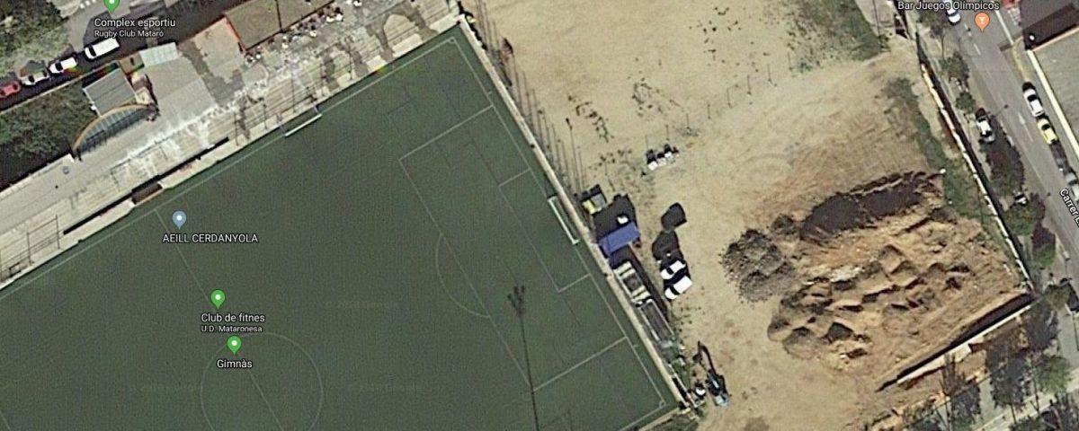 Imatge de la zona on hi havia l'Enric Pujol i es construirà el poliesportiu. Font: Google Maps.
