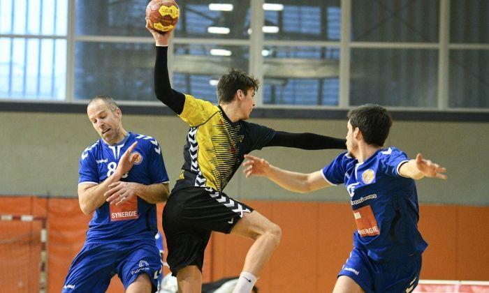 Joventut Handbol Mataró - Sesrovires. Foto: R.Gallofré