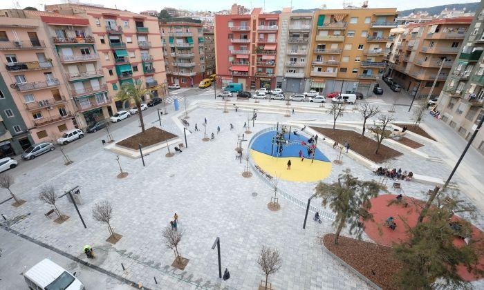 La plaça Joan XXIII de Rocafonda. Foto: R. G.