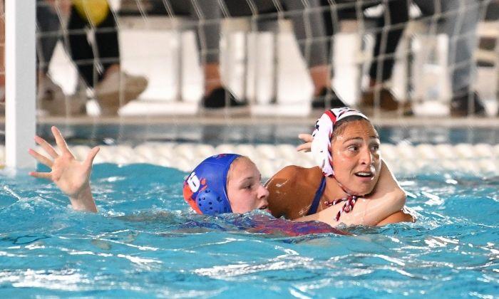 Semifinal COPA LEN Waterpolo femení CN Mataró La Sirena - Dunaujvaros FVE. Foto: R.Gallofré