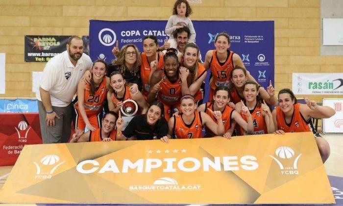 Imatge de les campiones. Foto: Bàsquet Català