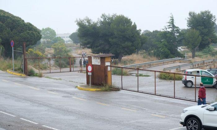 Estat actual de les antigues pistes de conduir que s'habilitaran com a aparcament. Foto: R. Gallofré