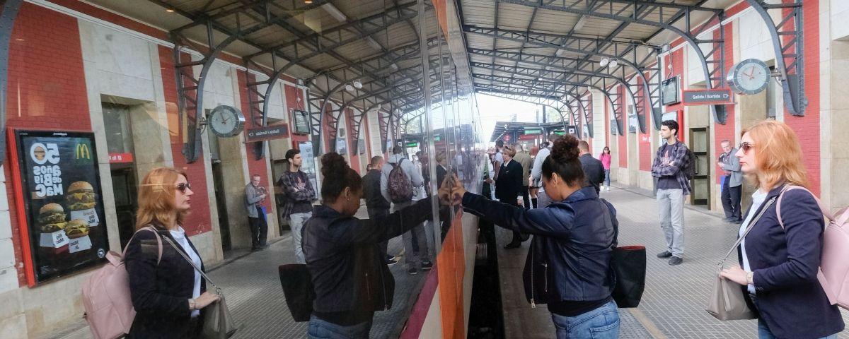 Un tren a l'estació de Mataró