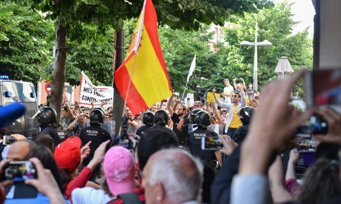 Manifestació espanyolista a Mataró, de fa uns mesos. Foto: R.Gallofré