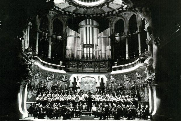 Mataró canta la Missa de Les Santes al Palau de la Música