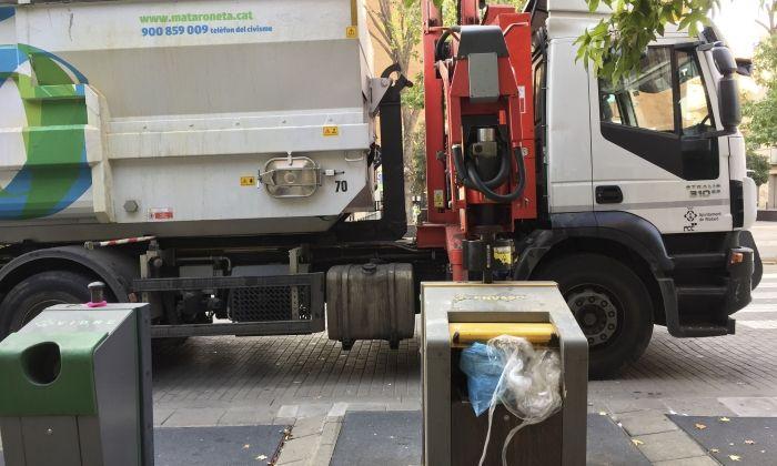 Un camió de recollida de residus. Foto: R. G.