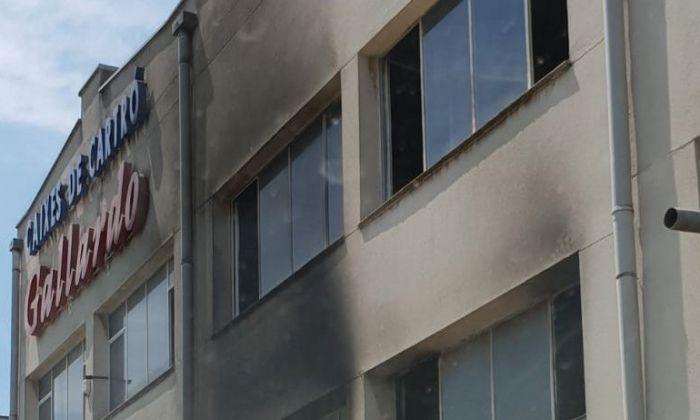 Façana de l'edifici afectat. Foto: Raúl Yeste