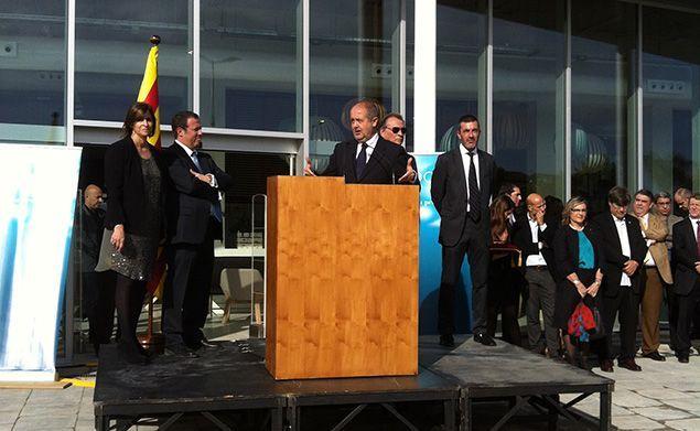 L'acte inaugural, amb el conseller i els responsables de l'empresa Sorli