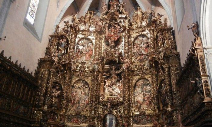 El retaule barroc de l'Església de Santa Maria d'Arenys de Mar
