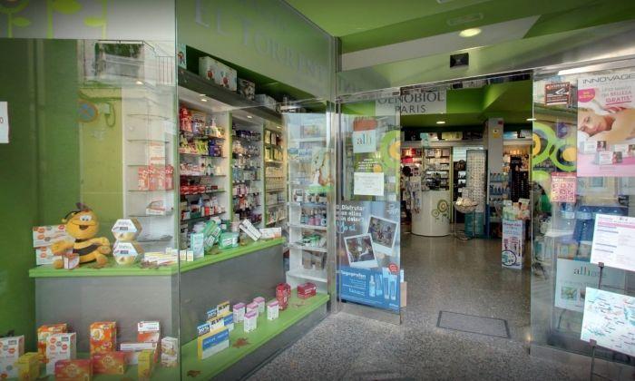 Exterior de la Farmàcia El Torrent