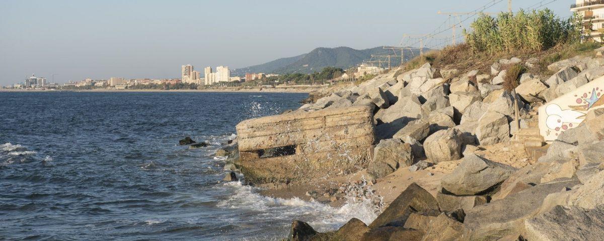 Un dels fortins a la costa de Mataró. Foto: R.Gallofré