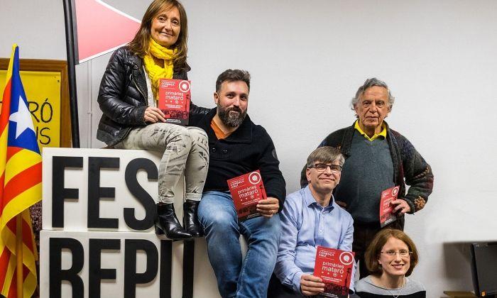 Anna Brun (esquerra) amb els altres quatre candidats més votats. Foto: Joan Miquel Labrador