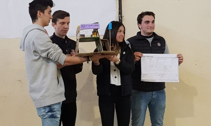 Guanyadors del certamen. Foto. Escola Pia