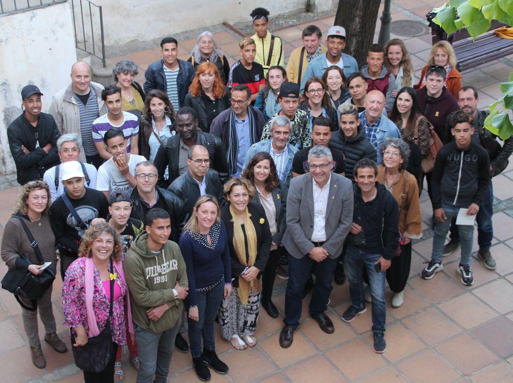 Integrants del programa de mentors de Canet. Foto: Ajuntament Canet de Mar