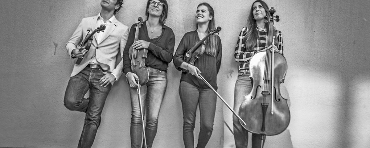 La formació de corda fregada Moana Quartet