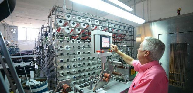 Treballador d'una empresa textil mataronina