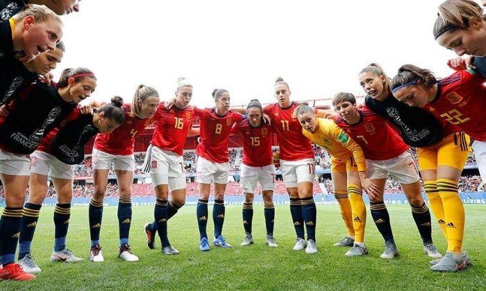 La selecció espanyola fa pinya. Foto: rfef.