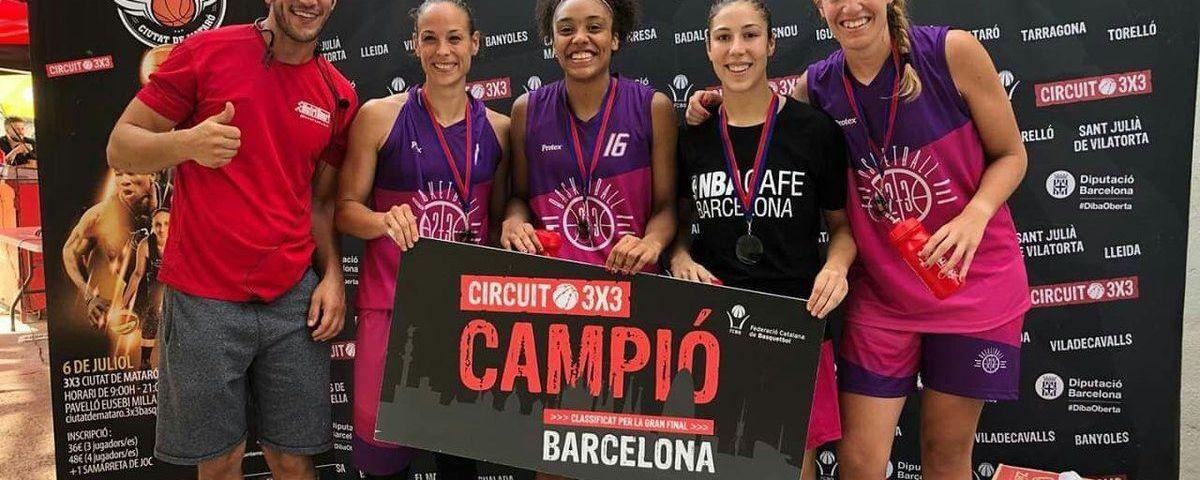 Les campiones en absolut femení, amb tres mataronines reconegudes. Foto: @laveudecerdanyola