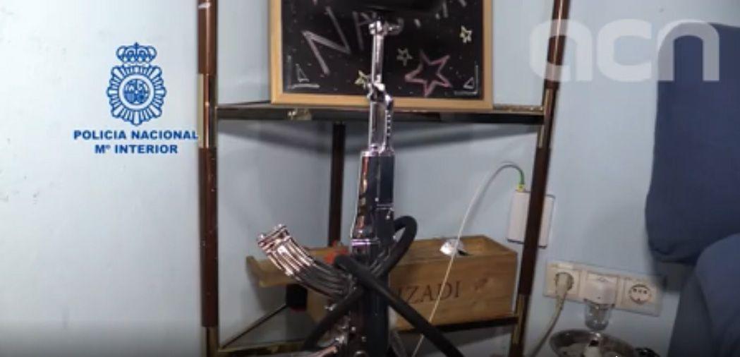 Captura de vídeo del registre fet per la Policia Nacional a un domicili del grup