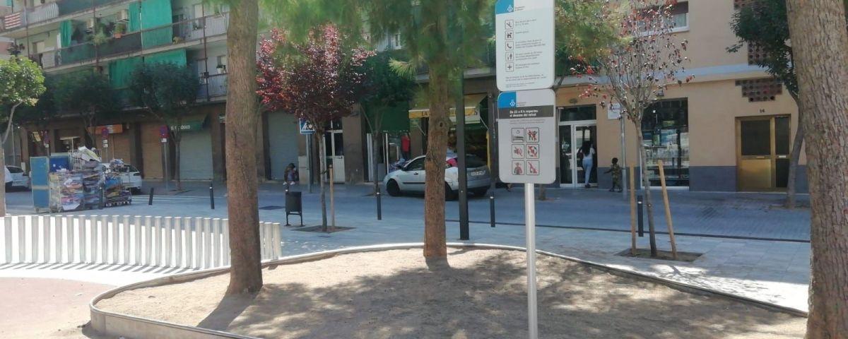 Cartell informatiu a la plaça de Joan XXIII/ Aj.Mataró