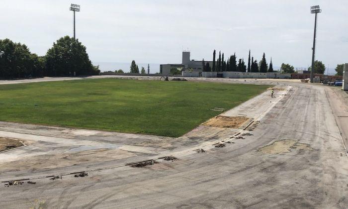 Vista general de l'Estadi sense el paviment de les pistes. Foto: Ajuntament