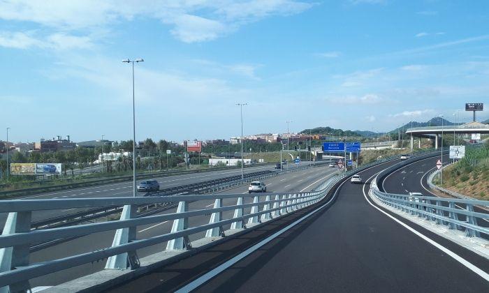 Accés a l'autopista incomprensible