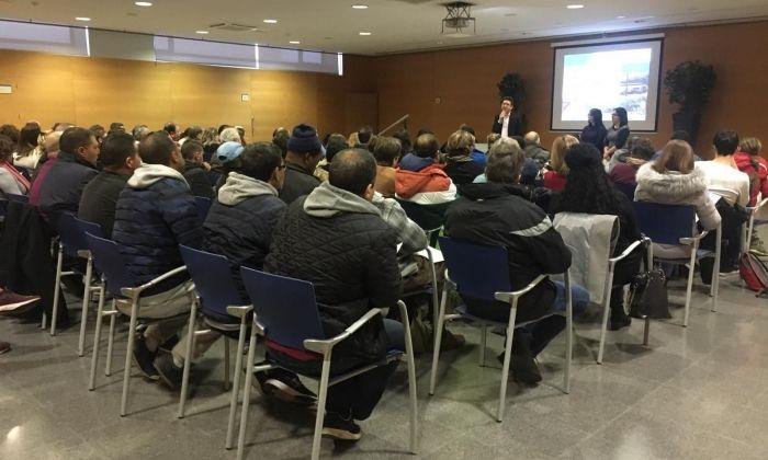 Sessió inaugural del projecte amb les persones contractades. Foto: Ajuntament