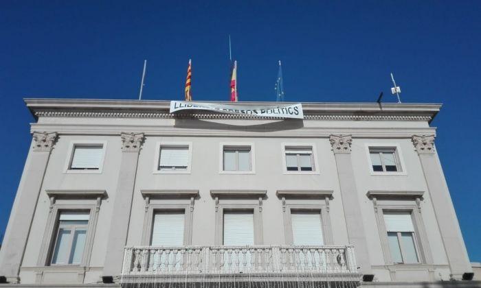 Façana de l'Ajuntament de Vilassar de Mar. Foto: ACN