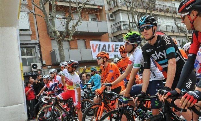 Pas dels ciclistes per Mataró en una edició anterior. Foto: R. Gallofré