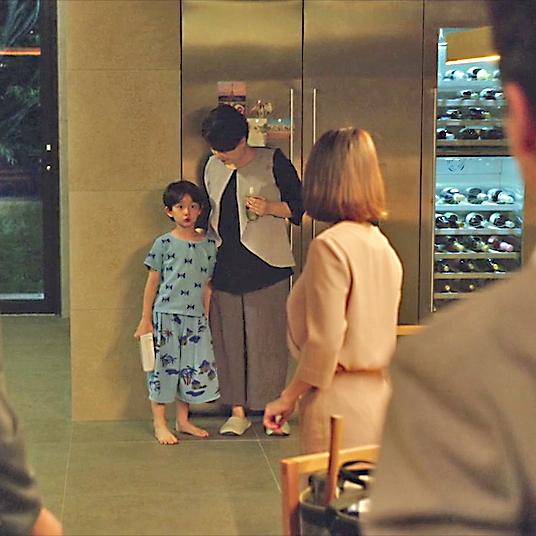 Escena de la pel·lícula amb roba de la marca mataronina Bobo Choses