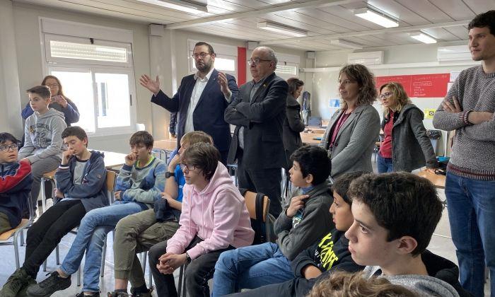 Bargalló i Bote en un dels tallers dels alumnes del Cinc Sènies.