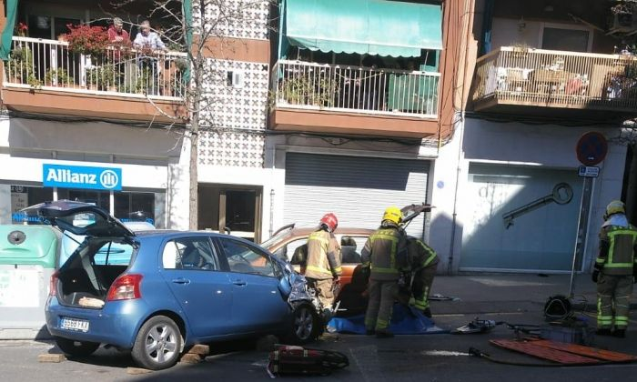 Imatge de l'accident de trànsit a l'avinguda Puig i Cadafalch. Foto: Cerdanyola Directo