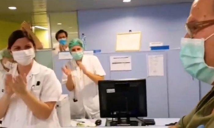 Captura de vídeo del moment del comiat