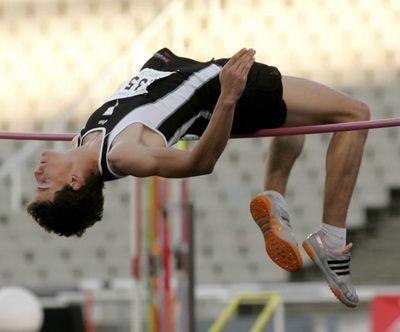 Un atleta amb els colors del Centre Atlètic Laietània.